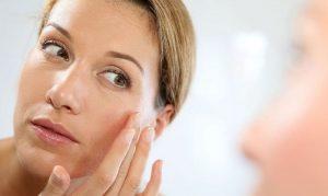 Las 4 mejores cremas antiarrugas caseras que puedes hacer tú misma